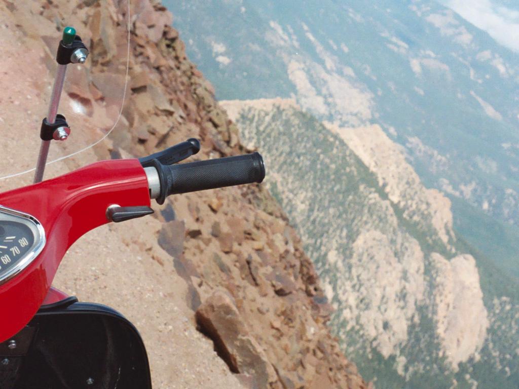 lambretta girl screen saver? - ScooterBBS.com Archive